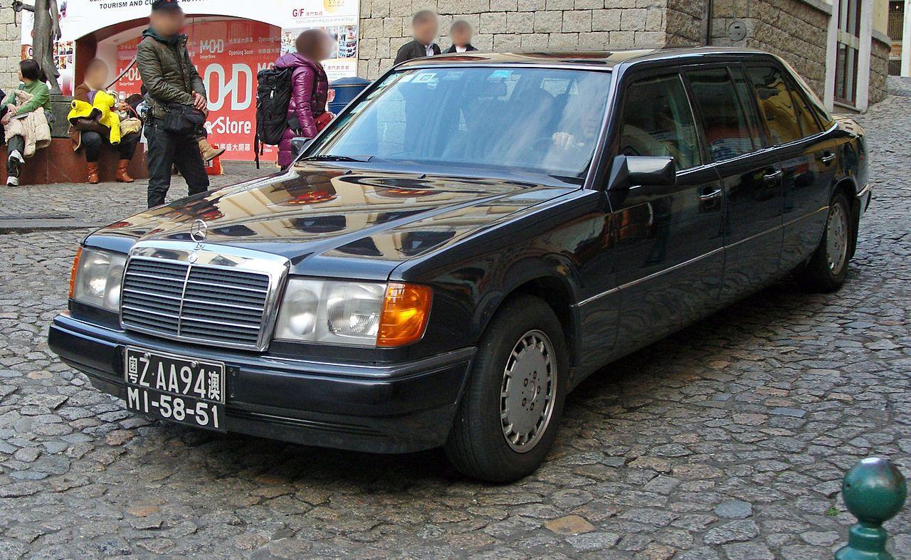 Mercedes V124 W124