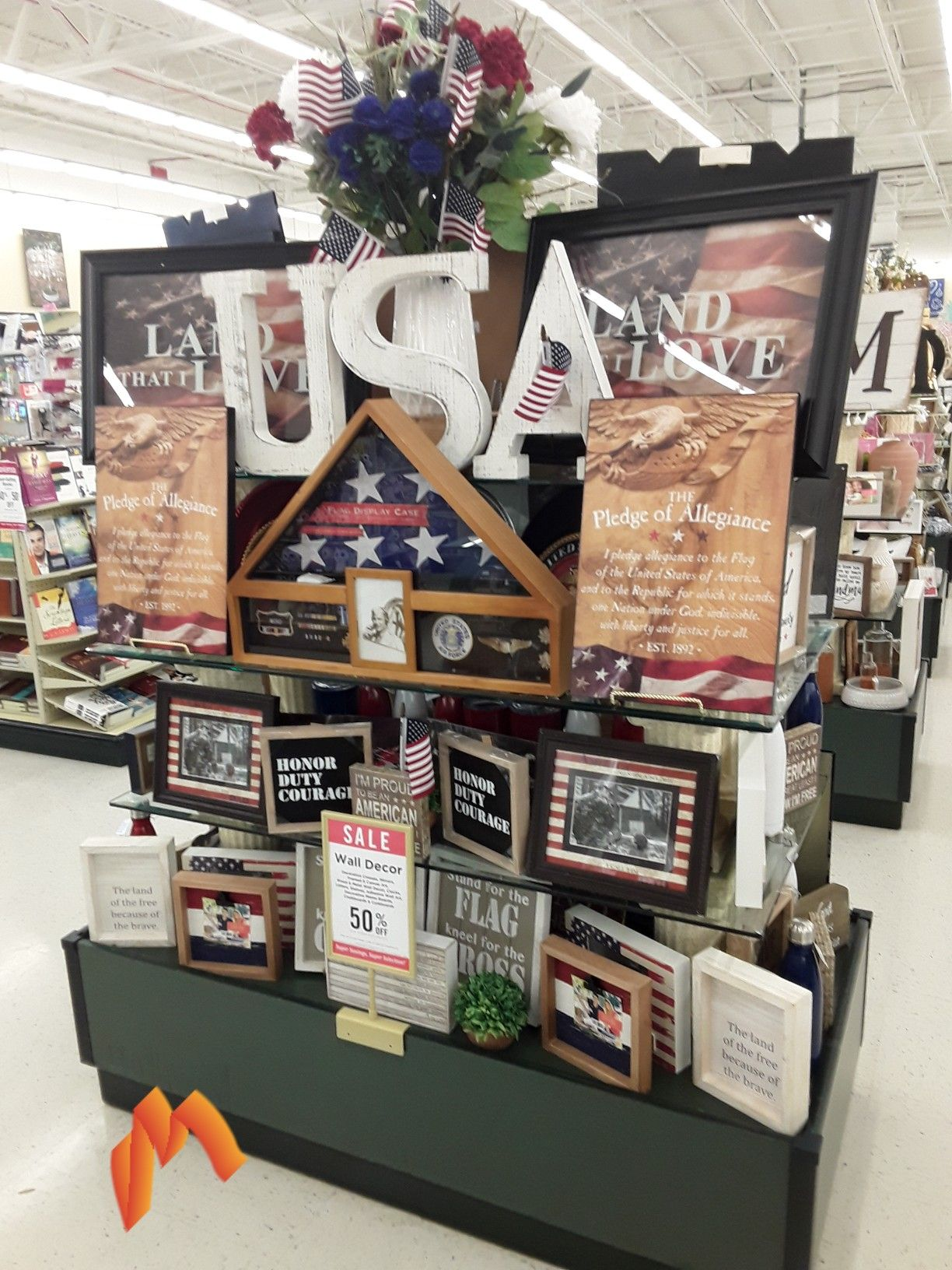 Pin By Monica Lm On Hobby Lobby Display Tables 528 Decor American Sales Holiday Decor