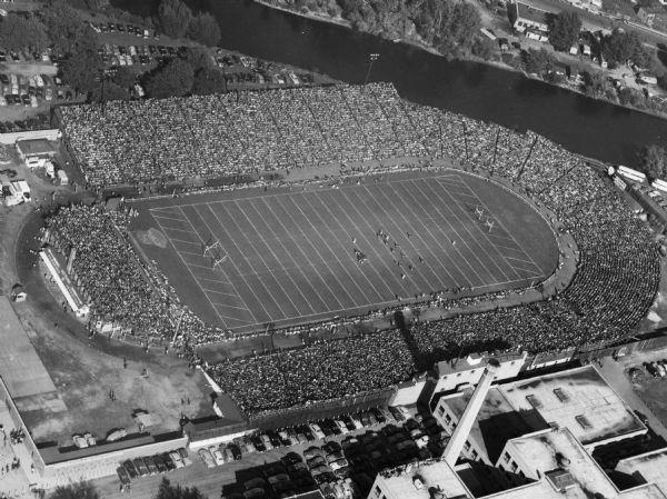 City Stadium 1925 Football Tee Shirt NFL Green Bay Packers Vintage Throwback