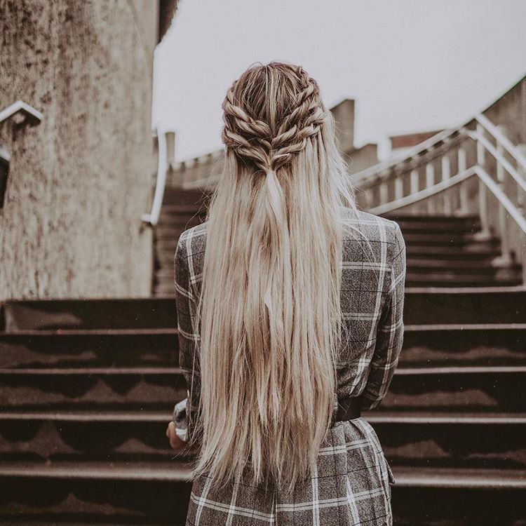22 New Half Up Half Down Hairstyles Trends: Pin By Steph Marie ⋒ On B E A U T Y