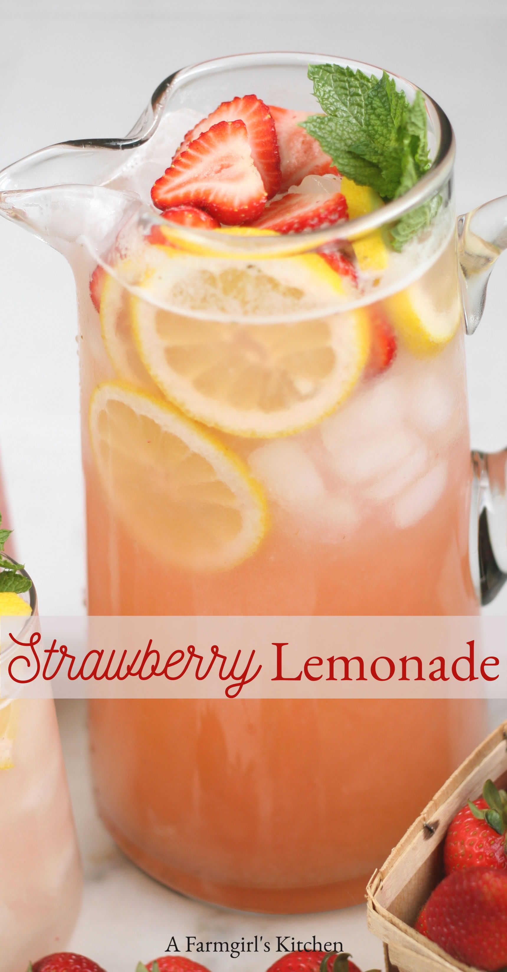 BEST Homemade Strawberry Lemonade