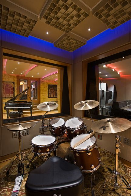 this in home studio just gave me goose bumps dream home home studio music music studio. Black Bedroom Furniture Sets. Home Design Ideas