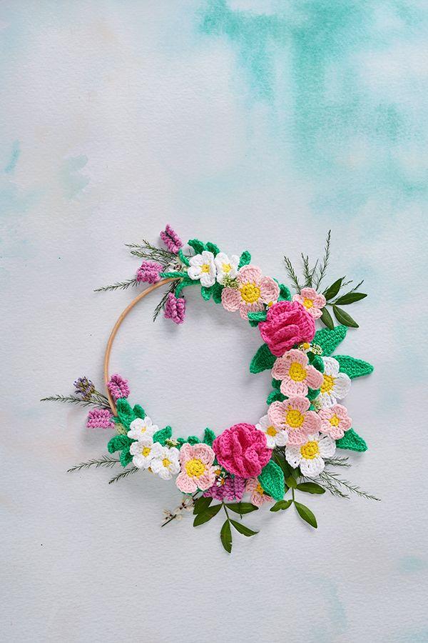 Photo of Crochet spring wreath