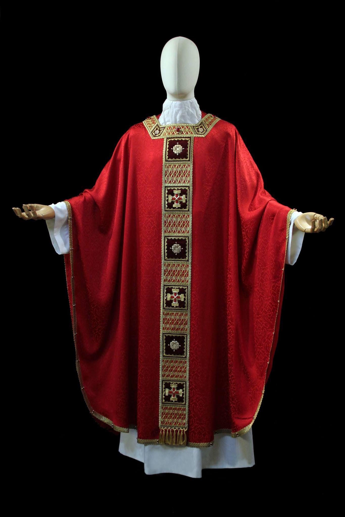 Pin De Isabel Castellanos En Ropa Ornamental Ornamentos Liturgicos Ornamentos Casullas