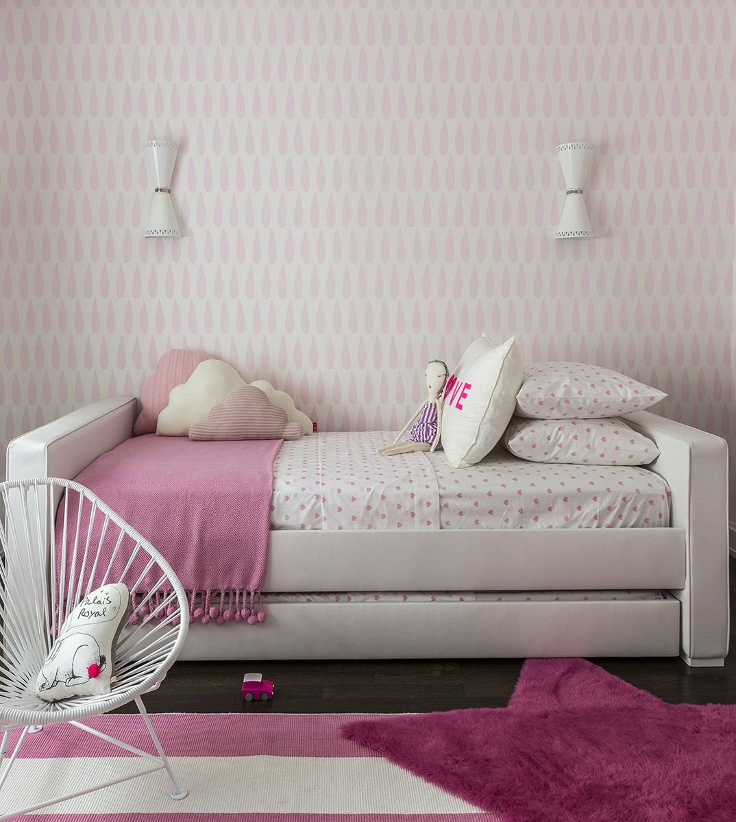 Best Upholstered Dorma Twin Bed With Trundle In A Pink Girls 640 x 480