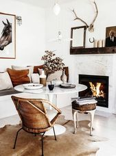 cocooning salon. fireplace white wall wall decoration cowhide on the floor #salleamangercocooning cocooning salon. fireplace white wall wall decoration cowhide on the floor #salleamangercocooning