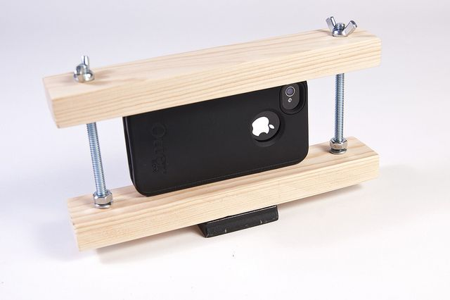 iPhone Tripod Mount | Phone tripod diy, Diy tripod