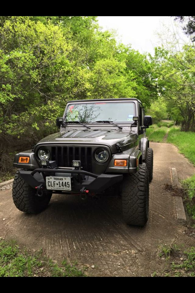 Nicks 24 New Front Bumper Winch And Lights Installed Jeep Tj Jeep Wrangler Jeep Wrangler Tj