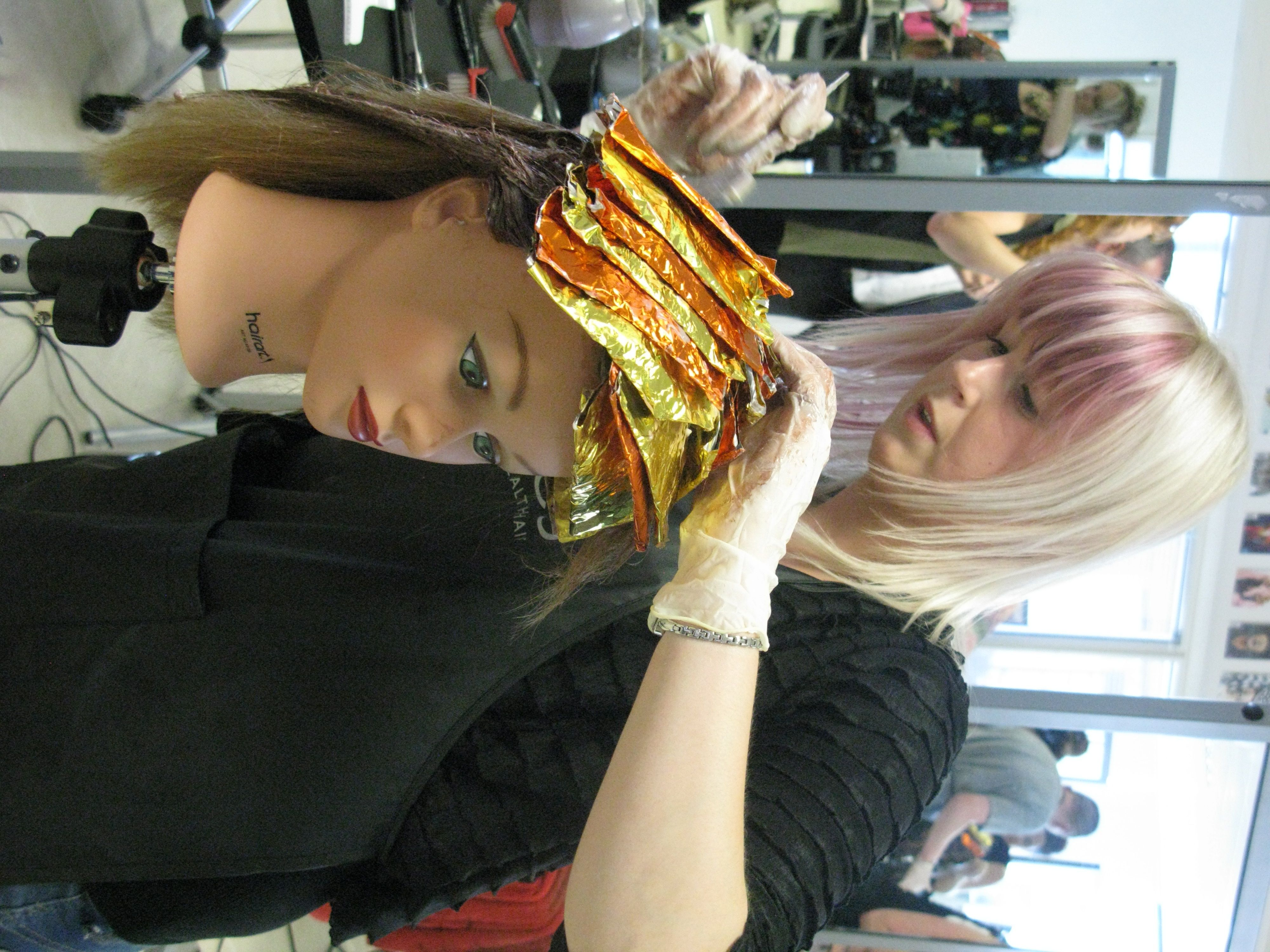 MOHH Hairdressing Training Academy. TinFoil Highlighting