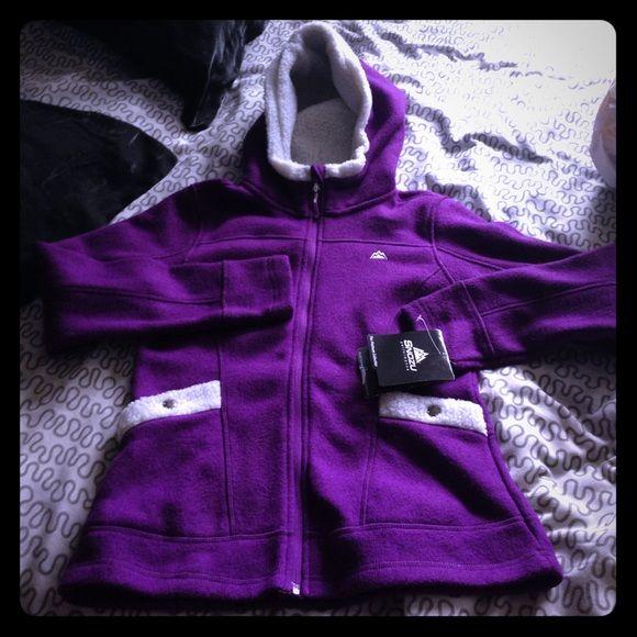 Snozu warm purple sweater Nwt snozu sweater. Keeps you warm during winter days. 100% polyester SiZe s Snozu Sweaters