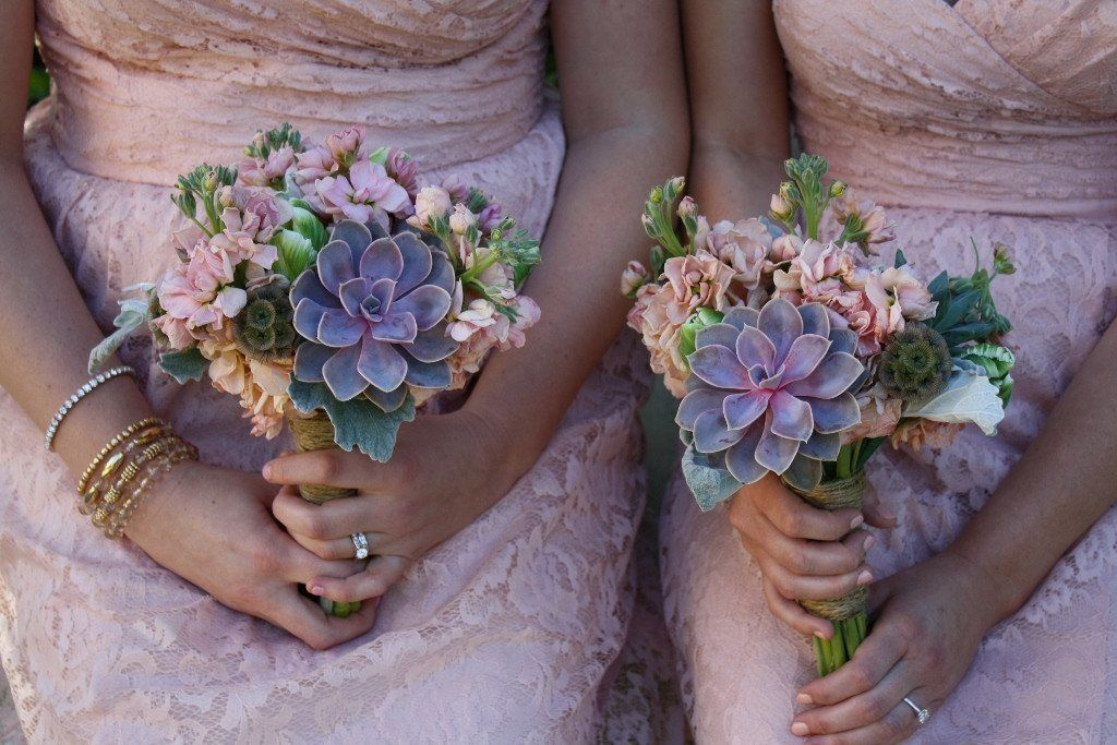 Succulent Bouquets Succulent bouquet, Succulents for