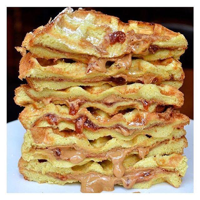New York   Peanut butter & jelly waffle stack 😍🍴 Credit: @seansbarandkitchen #newforkcity