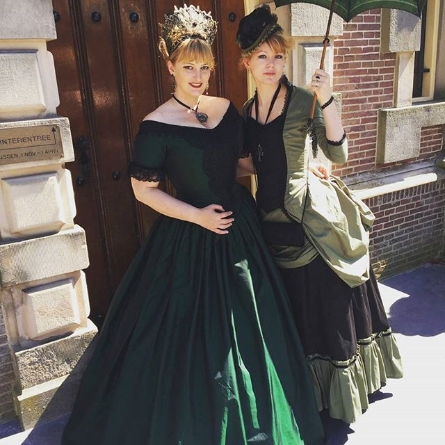 d7cdf89c723 Sandra and me    green ladies.  victorian  sewing  handmade  tightlacing   gown  bustle