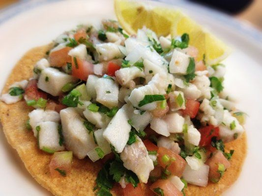 Tostada de ceviche fish ceviche tostada enseneda style for Fish for ceviche