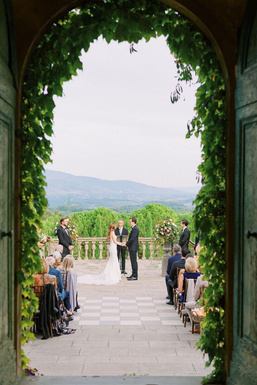 Romantic Italian Wedding In Villa Il Palagio In Tuscany Tuscany Wedding Italy Wedding Tuscany Wedding Venue