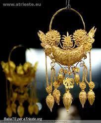 Risultati immagini per gioielli antichi romani