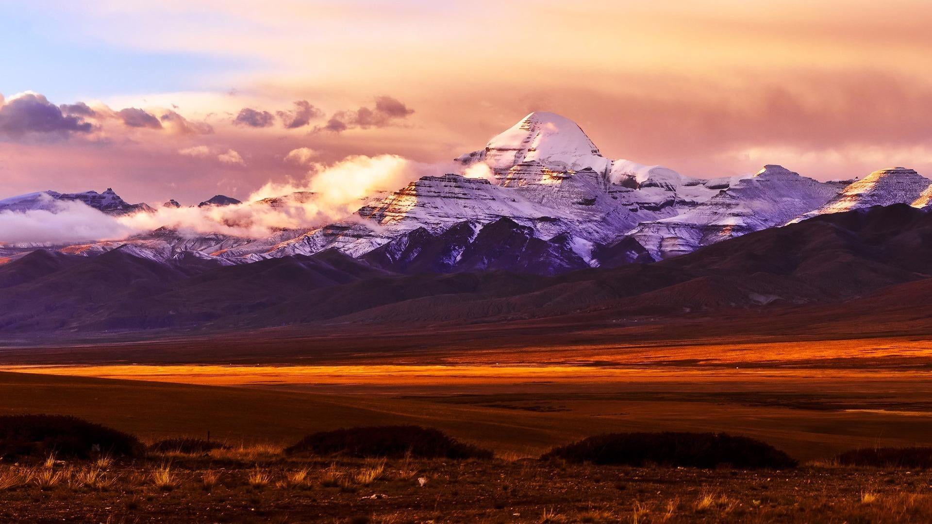 Mountains Snow Bagaxiang Gang Rinpoche Burang Ngari Tibet China Asia Mt Kailash Kailash Mountain Range Mo In 2020 Tibet Travel Iceland Trekking Trekking Tour