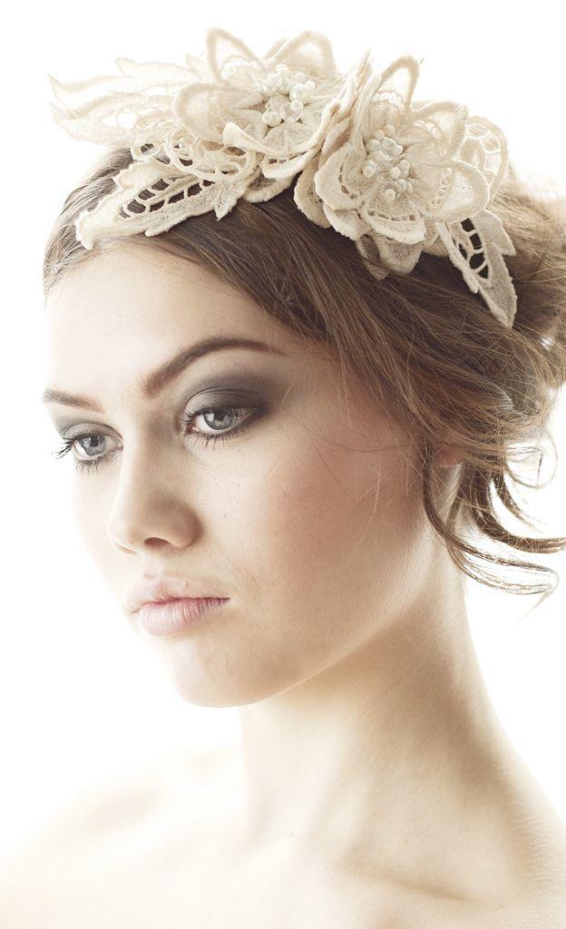 Beautiful lace headband. Parant  (Sweden.)