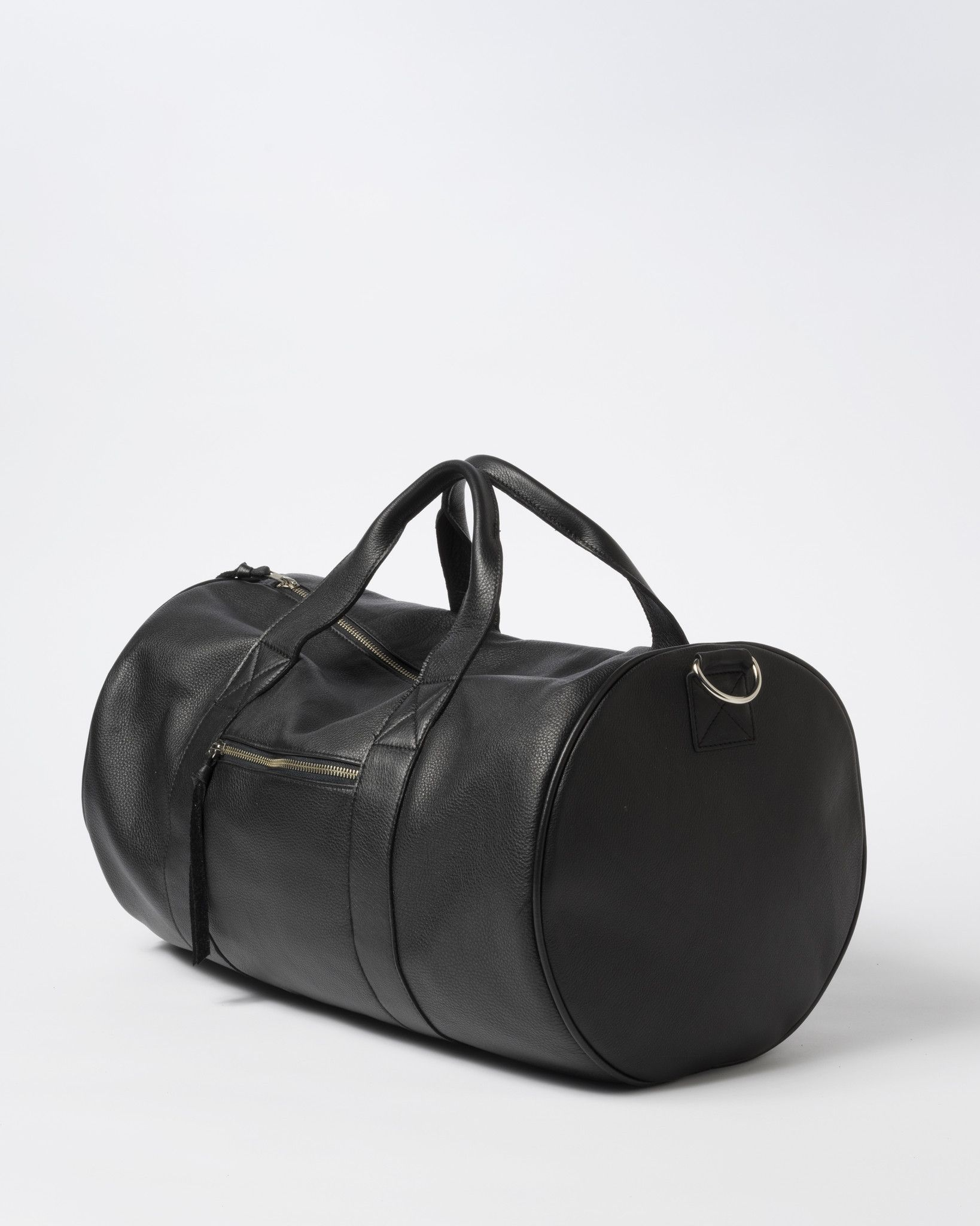 Duffel Bag in Black Leather - CLYDE  3be81151e13a7
