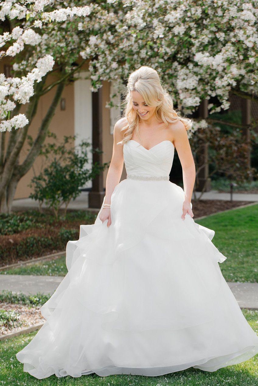 The blog in girl marries boy pinterest paloma blanca