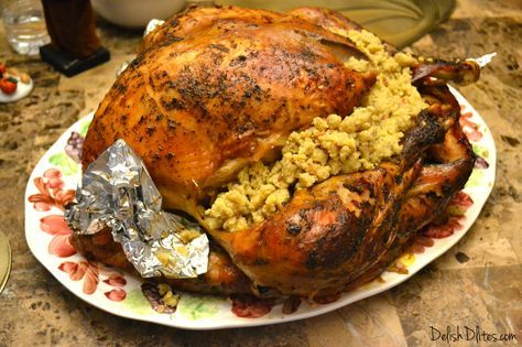 Pavo Relleno De Mofongo Mofongo Stuffed Turkey Recipe Recipes Food Cooking Recipes