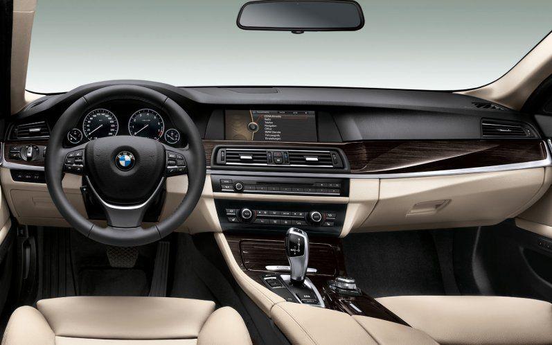 Love the colours  2012-BMW-5-series-dash