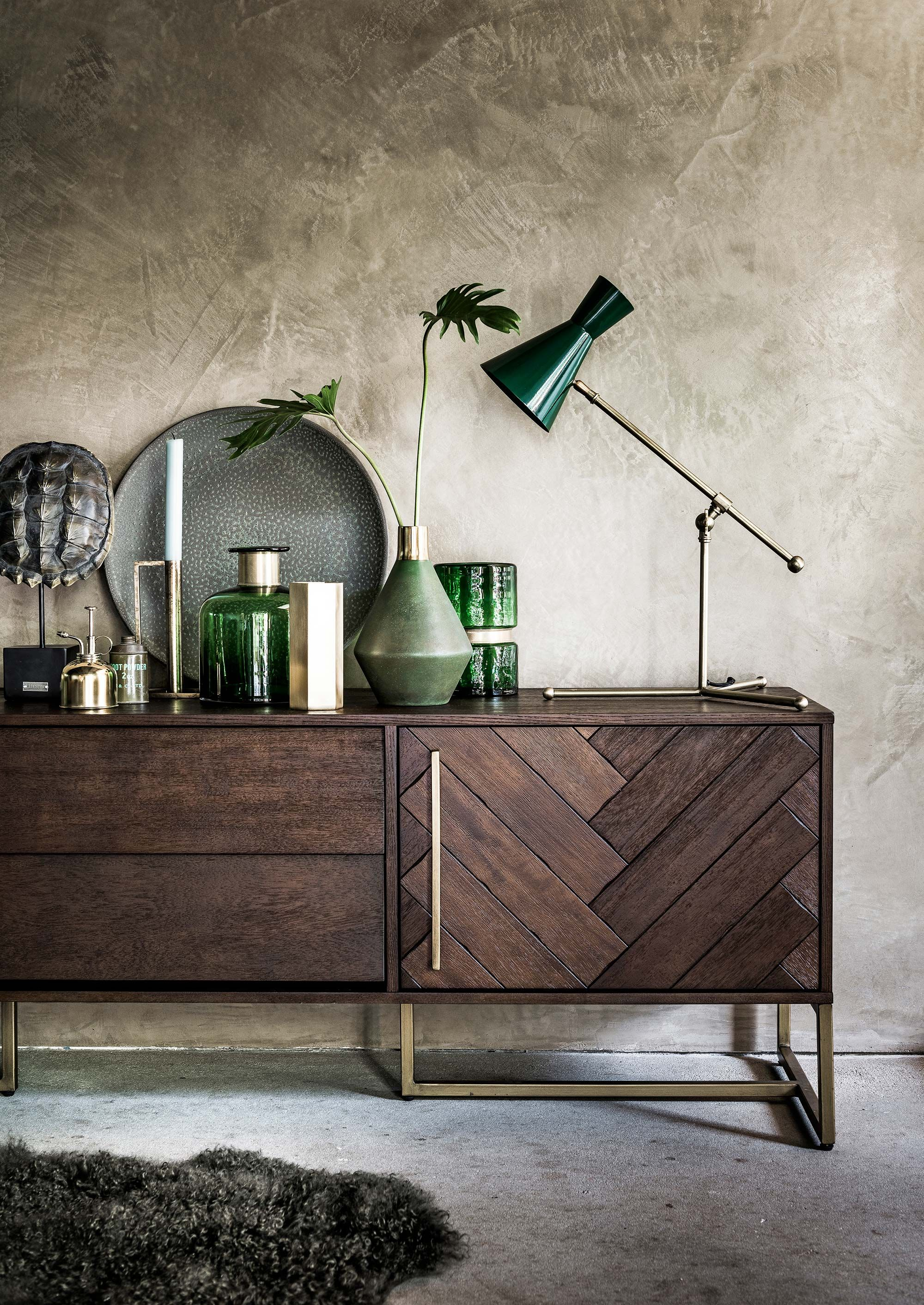 modern living room with emerald decor einrichtung inspiraiton pinterest dunkles holz. Black Bedroom Furniture Sets. Home Design Ideas