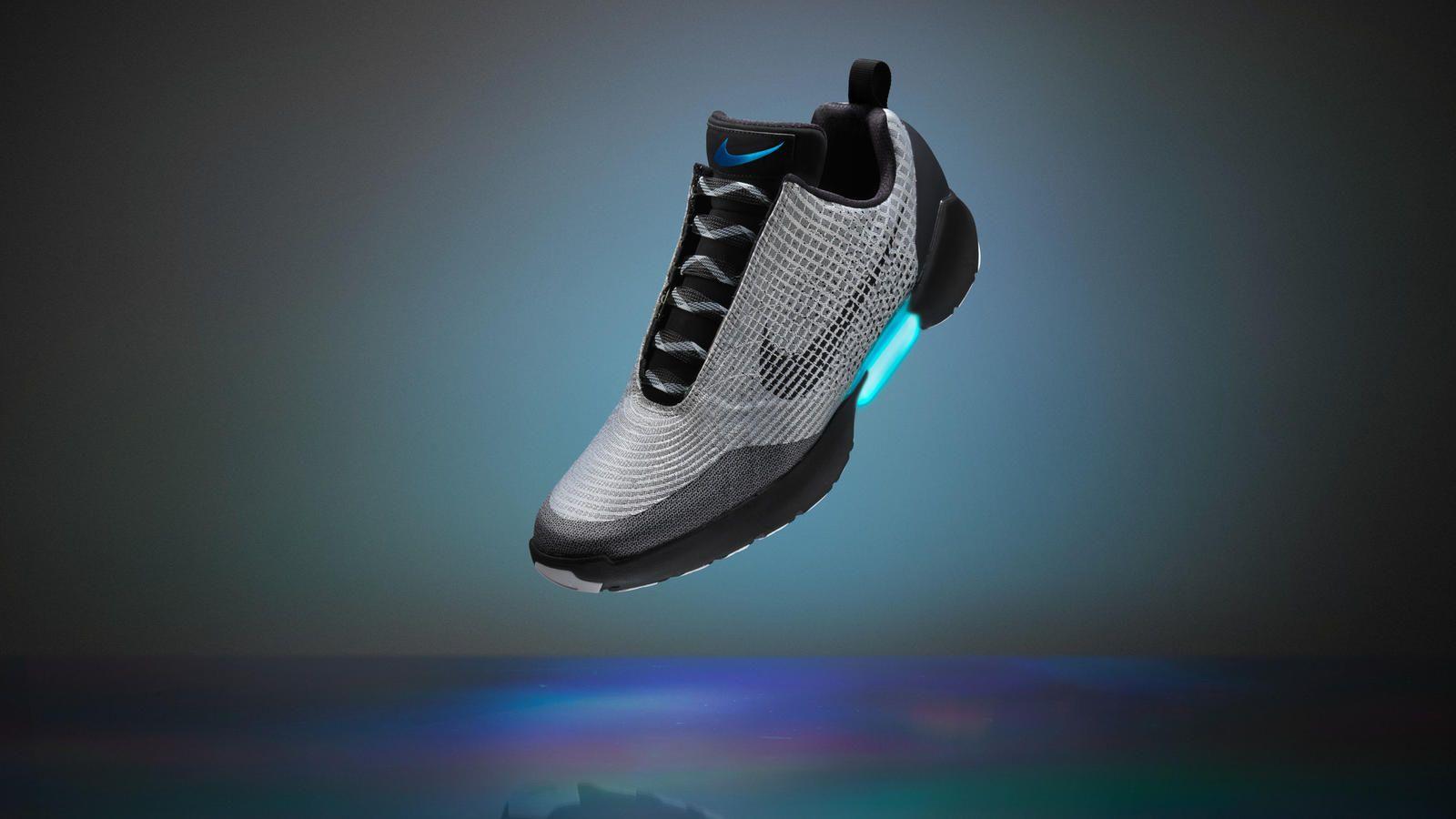 Nike HyperAdapt 1.0 la famosa: zapatilla que se amarra sola