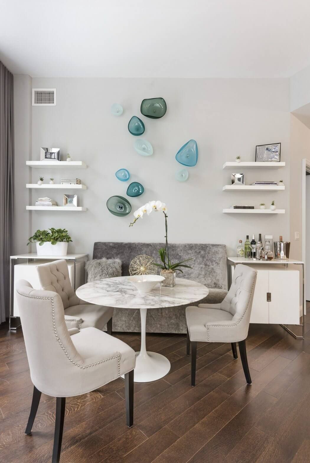 room classy compact dining