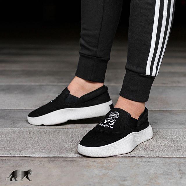 b5c1b2c36 Adidas Y-3 Tangutsu