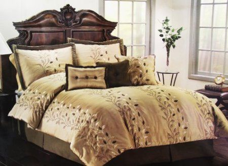 Amazon.com: 7 Pc Sage with Floral Designs, Bed in a Bag Queen Size Bedding, Oversized 90x90, Comforter Set: Home & Kitchen
