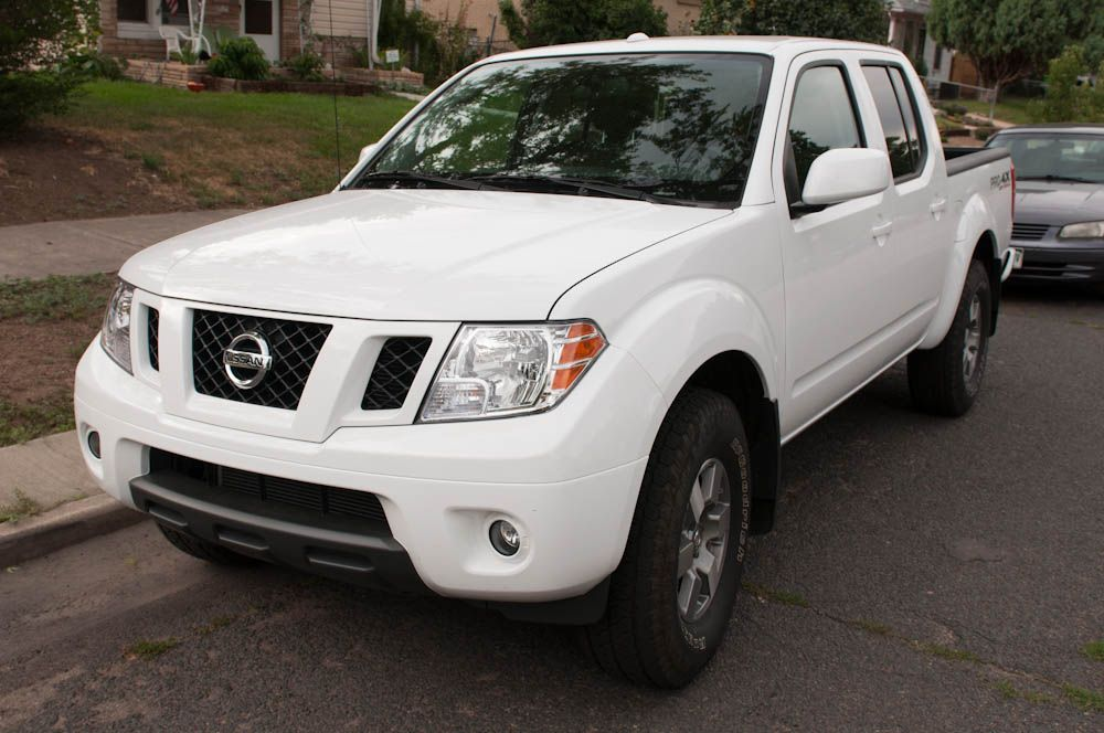 2012 Nissan Frontier PRO 4X Review    Review