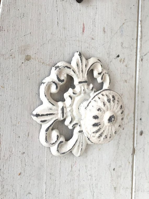 shabby chic knobs white shabby chic dresser knobs by honeywoodhome rh pinterest co uk