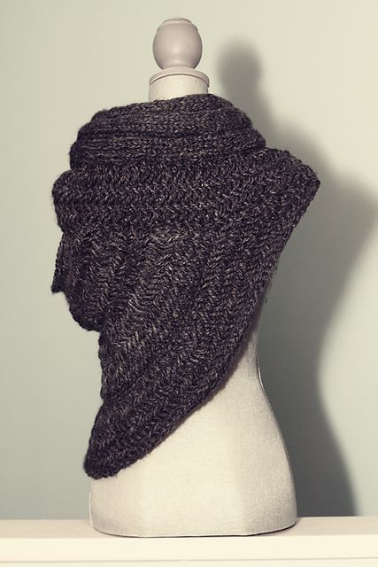 Katniss Cowl Actually Not A Bad Idea For A Winter Wedding Fashion