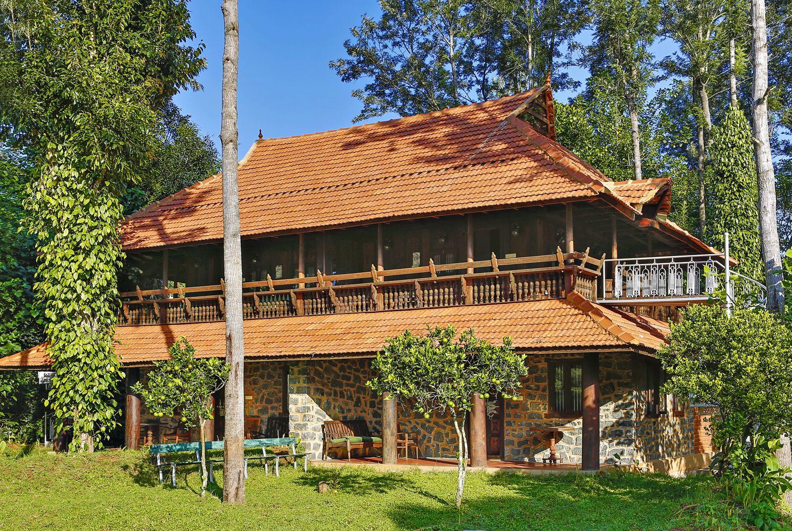 Inredning vedeldad varmvattenberedare : Heritage house at Yangsum Heritage Farm, Sikkim, India ...