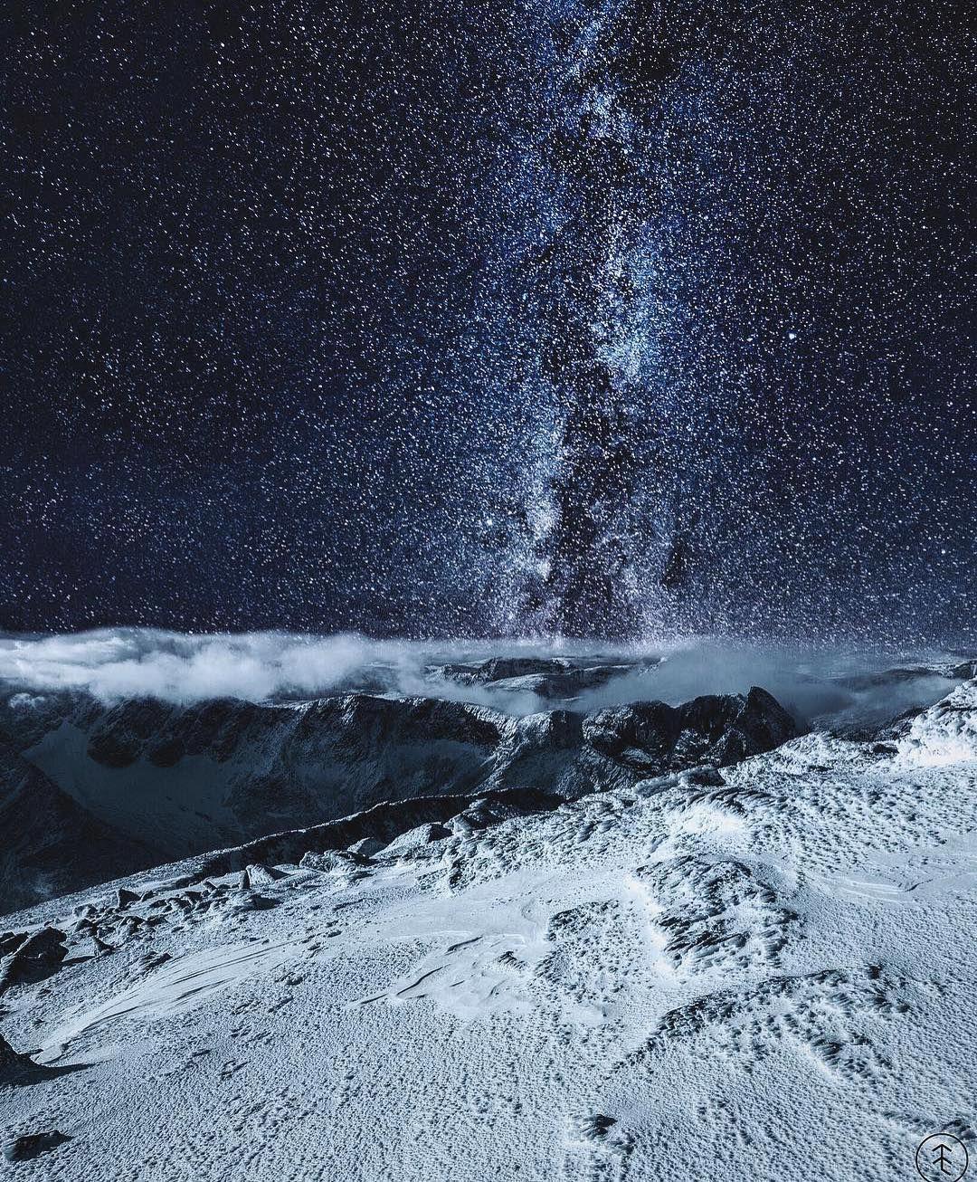 "Earth on Twitter: ""Snøhetta, Norway 🌌 https://t.co/0IAT1VnUf0"""
