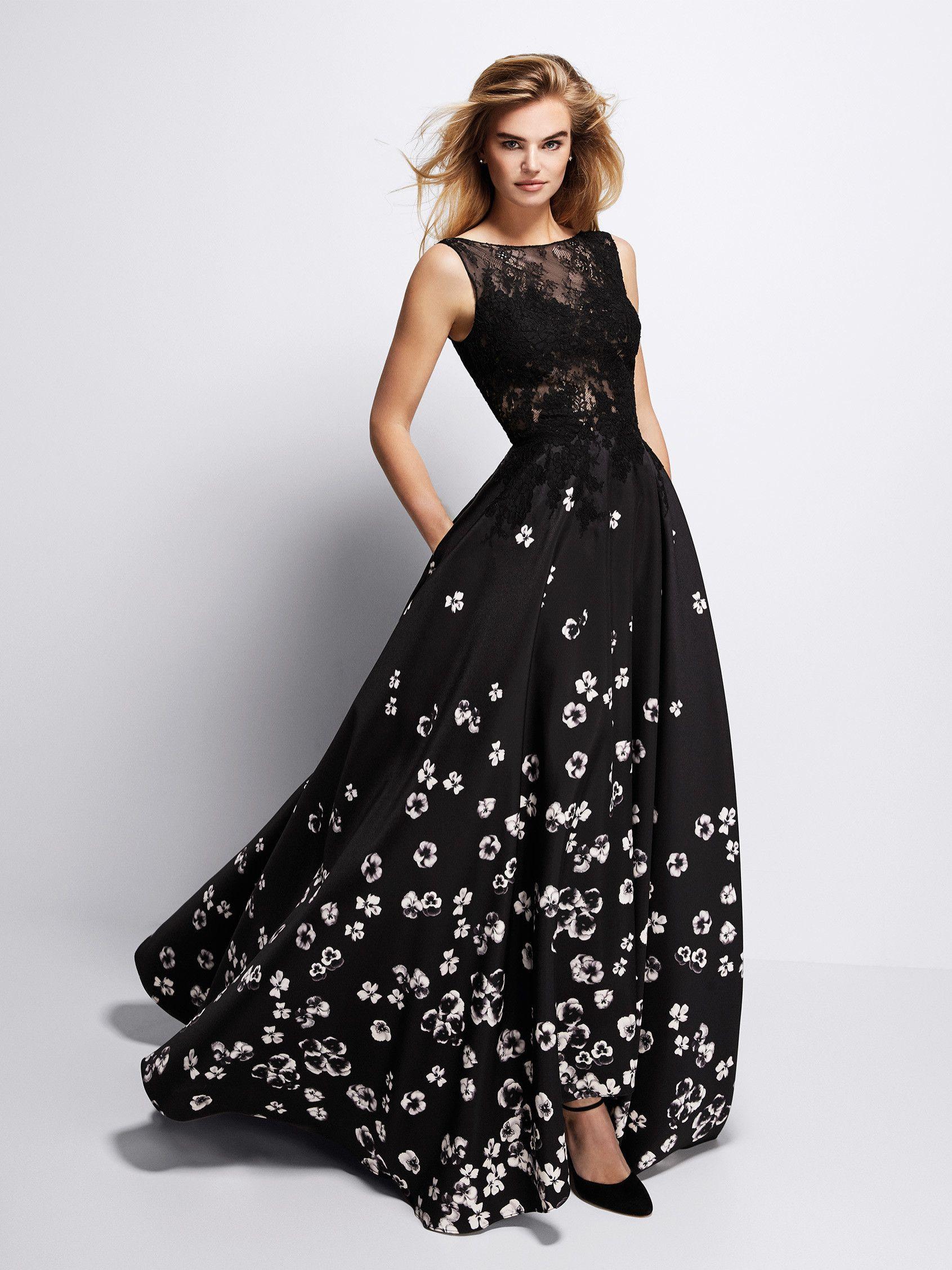 72e7de435b Vestido de fiesta negro con flores blancas - Colección fiesta 2018 Pronovias