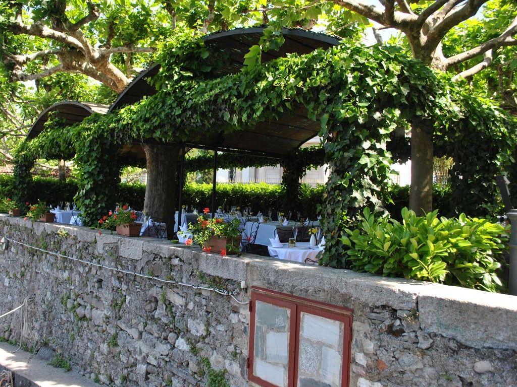 Esterno Pergolato Walking Italy's Lakes La veranda