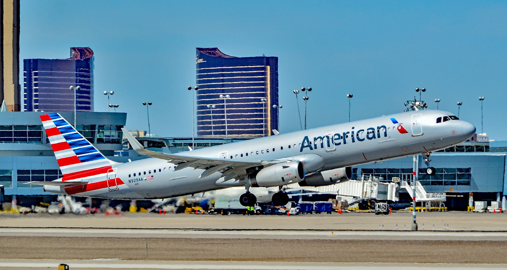 N929AA American Airlines 2017 Airbus A321231 cn 7525