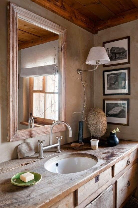 30 idées de décoration pour les petites salles de bains rustique 2