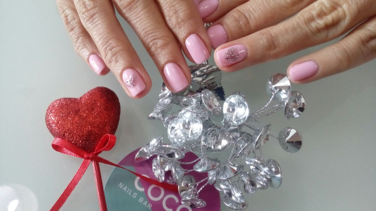 Estef nails and spa pedicure y gelish. OPI GEL Sunrise bedtime y Gelish What´s the double scoop ...
