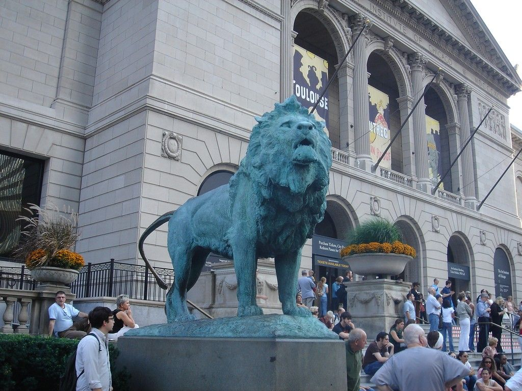 The 6 Most Famous Artworks At The Art Institute Of Chicago Art