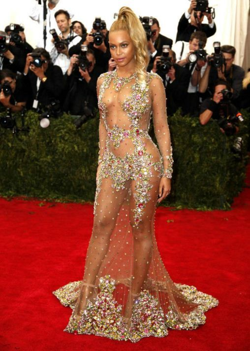 Our Favorite Beyonce Red Carpet Dresses Ever  2a5648d8aa73
