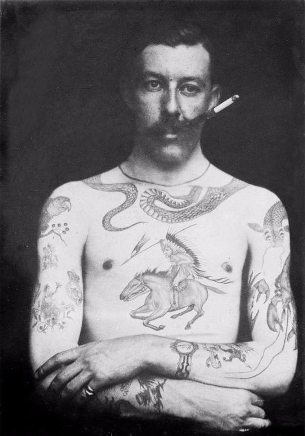 Photo of Sutherland Macdonald: Fotos incríveis mostram a história do 1º tatuador britânico em tempos vitorianos (século 19) – Follow the Colours