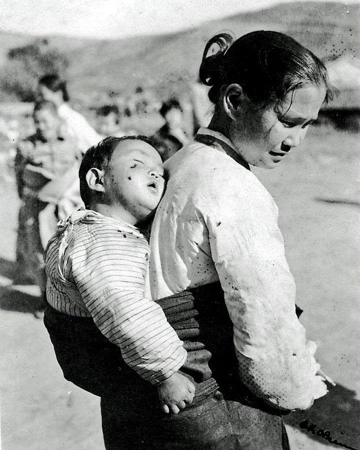 한국전쟁 6.25 동란 당시의 한국 어린이들 - 유용원의 군사세계