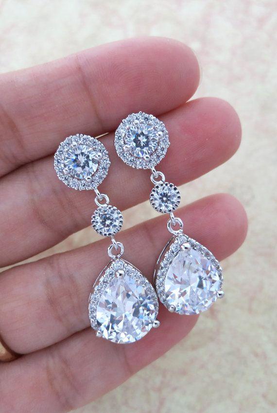 Luxe Cubic Zirconia earrings, Bridesmaids Gift, Bridal Bridesmaid Earrings, Silver Cubic Zirconia Halo style dangle Earrings, www.glitzandlove.com