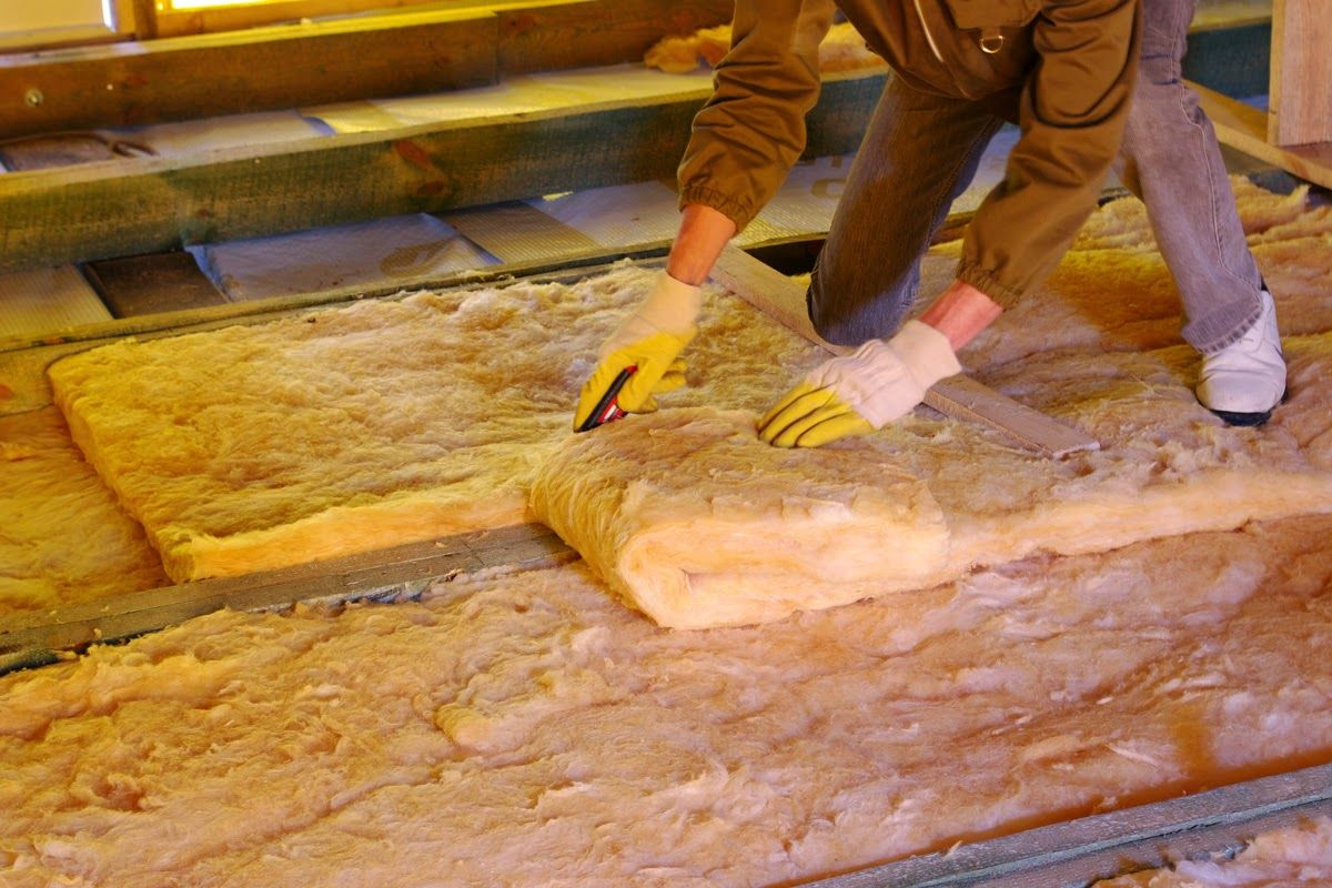 Attic And Air Duct Cleaning Chatsworth Ca Clean Air Ducts Attic Insulation Types Of Insulation