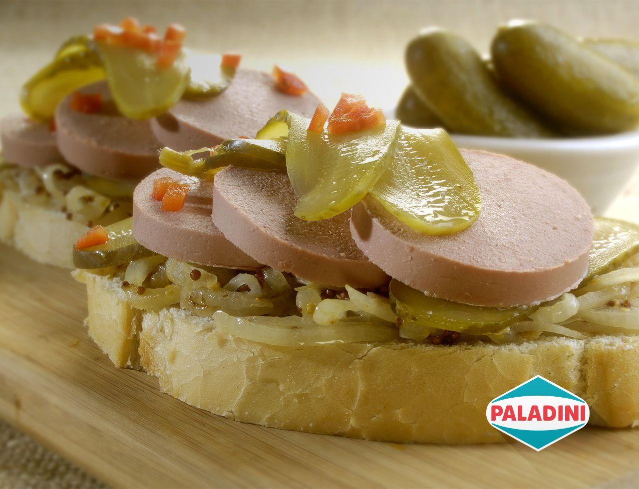 Las bruschettas siempre son bienvenidas, más si tienen Leberwurst Paladini.