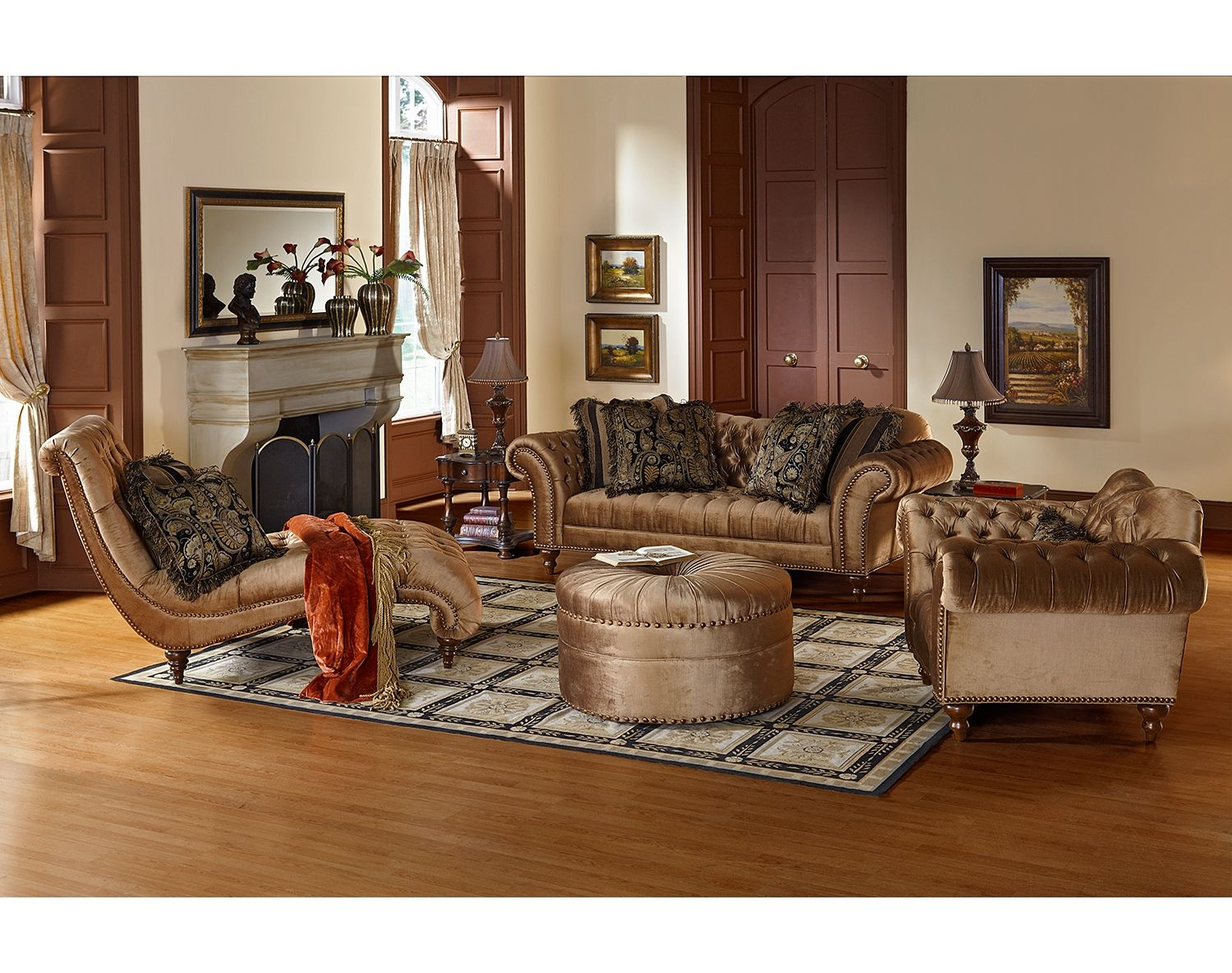 Decoration Chesterfield Shine On. With Its Unabashed Grandeur, The Brittney
