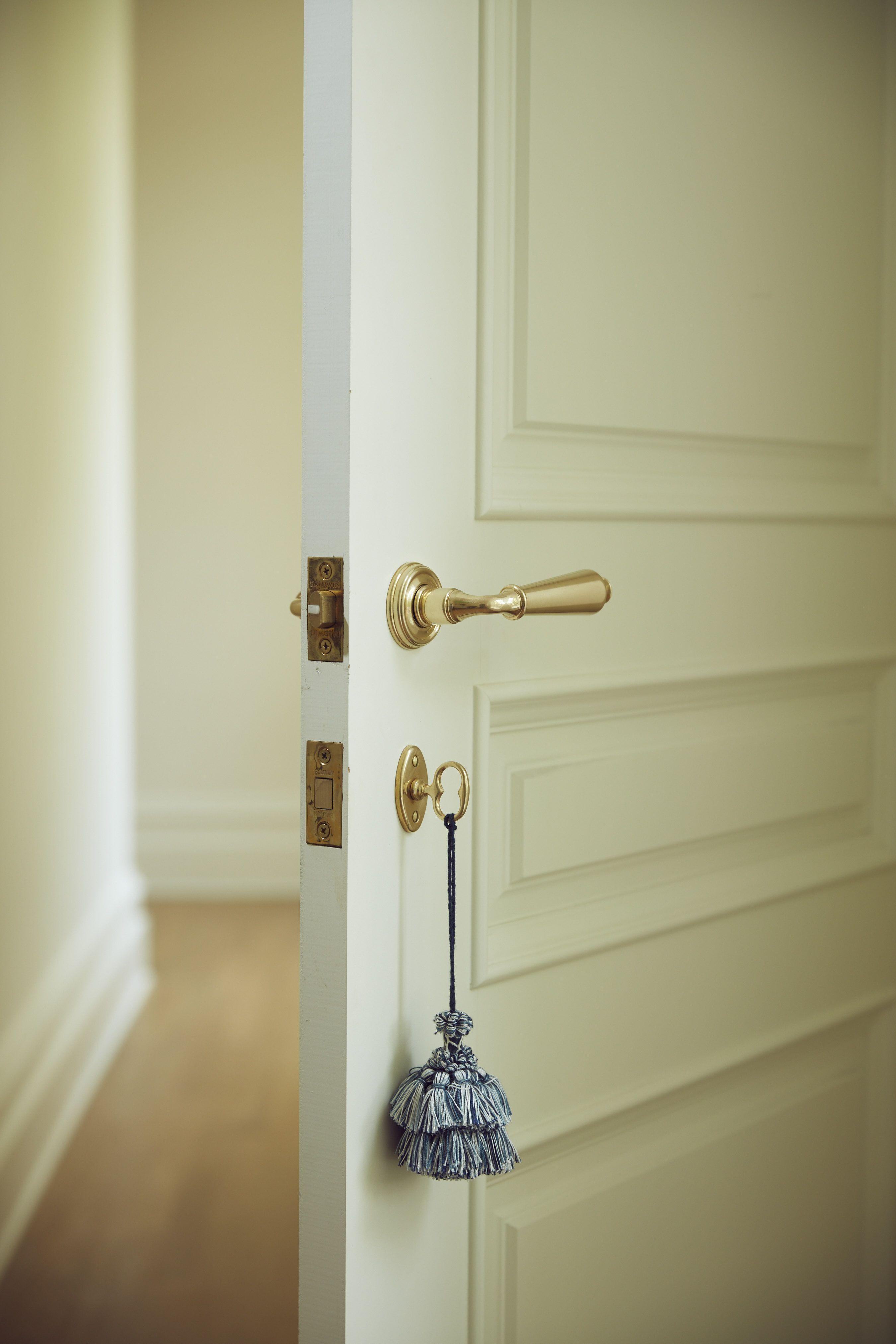 High End Door Pulls That Will Personalize Your Project Home Hardware Bedroom Door Handles Doors